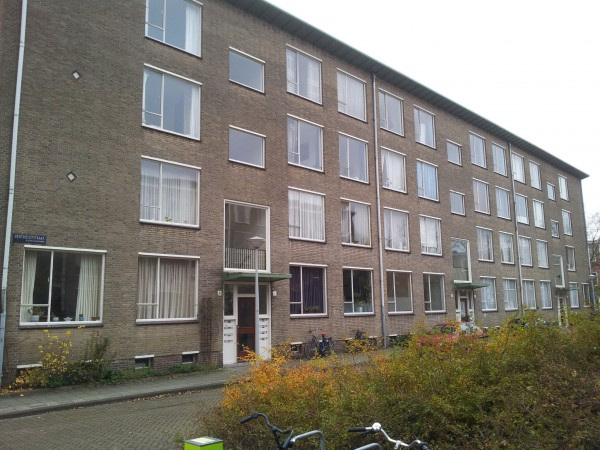 Berthelotstraat 1-6.